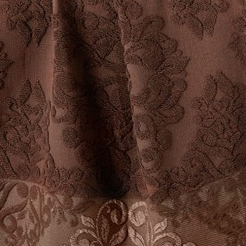 Темно-коричневый, с бахромой