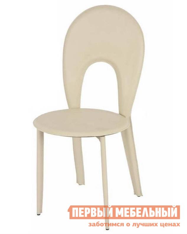 Стул Бентли Трейд Y996 BEIGEСтулья для кухни<br>Габаритные размеры ВхШхГ 890x440x400 мм. Данная модель стула имеет оригинальный дизайн и яркие цветовые решения.  Изделие прекрасно подходит для меблировки кухни или гостиной, а также может использоваться как самостоятельный мебельный элемент. Каркас стула изготавливается из хромированного металла, обивка из эко-кожи.  Материалы прочные и износостойкие, что делает изделие долговечным и неприхотливым в уходе.  На ножках предусмотрены заглушки, которые предотвращают повреждение поверхности пола.<br><br>Цвет: BEIGE<br>Цвет: Бежевый<br>Высота мм: 890<br>Ширина мм: 440<br>Глубина мм: 400<br>Форма поставки: В разобранном виде<br>Срок гарантии: 6 месяцев<br>Тип: и гостиной<br>Материал: Металлические, из искусственной кожи<br>Особенности: С жестким сиденьем, Без подлокотников