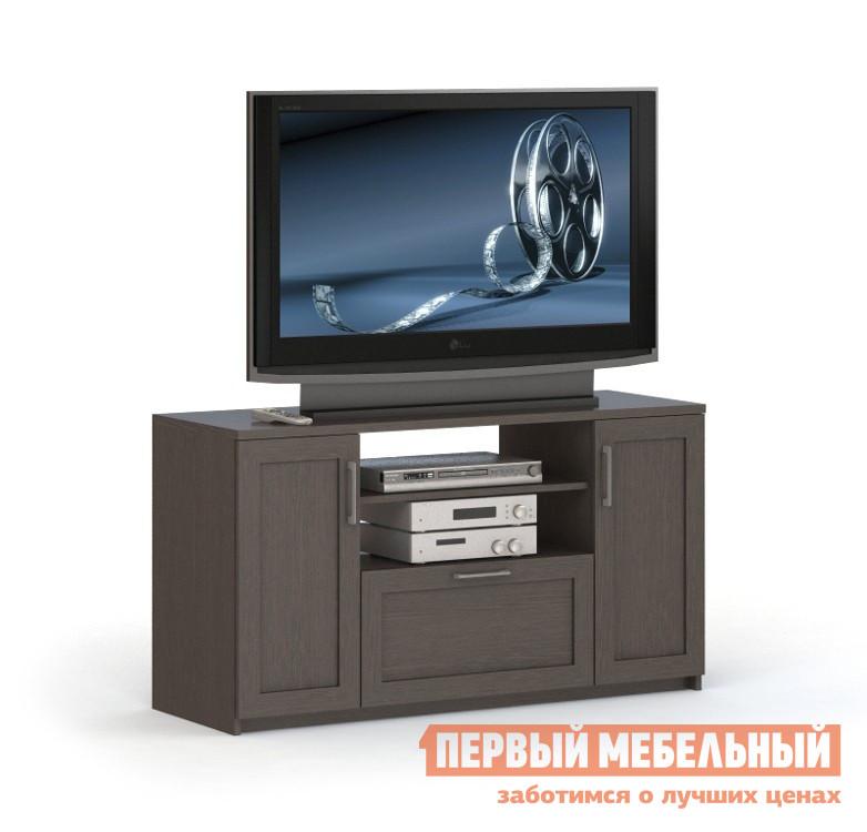 ТВ-тумба ВасКо СОЛО 010 ВенгеТВ-тумбы<br>Габаритные размеры ВхШхГ 706x1282x450 мм. Большая функциональная тумба под телевизор и мультимедиа аппаратуру.  Модель выполнена в классическом стиле прямых линий и станет полезным элементом в гостиной или спальне. Широкая столешница способна разместить телевизор диагональю от 32 до 52.  Максимальная ширина телевизора не должна превышать 1200 мм. Тумба имеет открытые полочки для DVD проигрывателя и другой аппаратуры. В основании есть вместительный выдвижной ящик для разного рода вещей и предметов.  Тумбу можно использовать как комод для хранения постельных принадлежностей. По бокам располагаются два закрытых шкафчика с полочками. Изделие выполняется из высококачественного ЛДСП.<br><br>Цвет: Венге<br>Цвет: Венге<br>Высота мм: 706<br>Ширина мм: 1282<br>Глубина мм: 450<br>Кол-во упаковок: 3<br>Форма поставки: В разобранном виде<br>Срок гарантии: 24 месяца<br>Материал: Деревянные