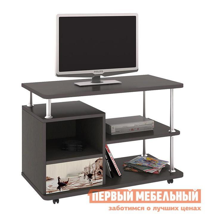 ТВ-тумба ТриЯ Тумба выкатная TV-2 Венге Цава / Молочный дуб (рисунок)ТВ-тумбы<br>Габаритные размеры ВхШхГ 550x800x400 мм. Многофункциональная выкатная тумба, на которой можно удобно разместить телевизор и другую электронику, включая аудио- и видеотехнику.  Тумба оснащена крепкими роликовыми колёсами, обеспечивая мобильность модели и, при желании, позволяет перемещать её в более выгодные места. Максимальная нагрузка на изделие — 20 кг. Тумба выполнена из высококачественного ЛДСП и отличается сдержанным дизайном в сочетании с высокой вместительностью.  Рисунок нанесен на поверхность с помощью УФ-печати.  Сверху изображение покрыто лаком.  Такое решение долговечно и устойчиво к выцветанию и мелким царапинам.<br><br>Цвет: Венге Цава / Молочный дуб (рисунок)<br>Цвет: Темное-cветлое дерево<br>Высота мм: 550<br>Ширина мм: 800<br>Глубина мм: 400<br>Форма поставки: В разобранном виде<br>Срок гарантии: 24 месяца<br>Материал: Деревянные<br>Особенности: На колесиках