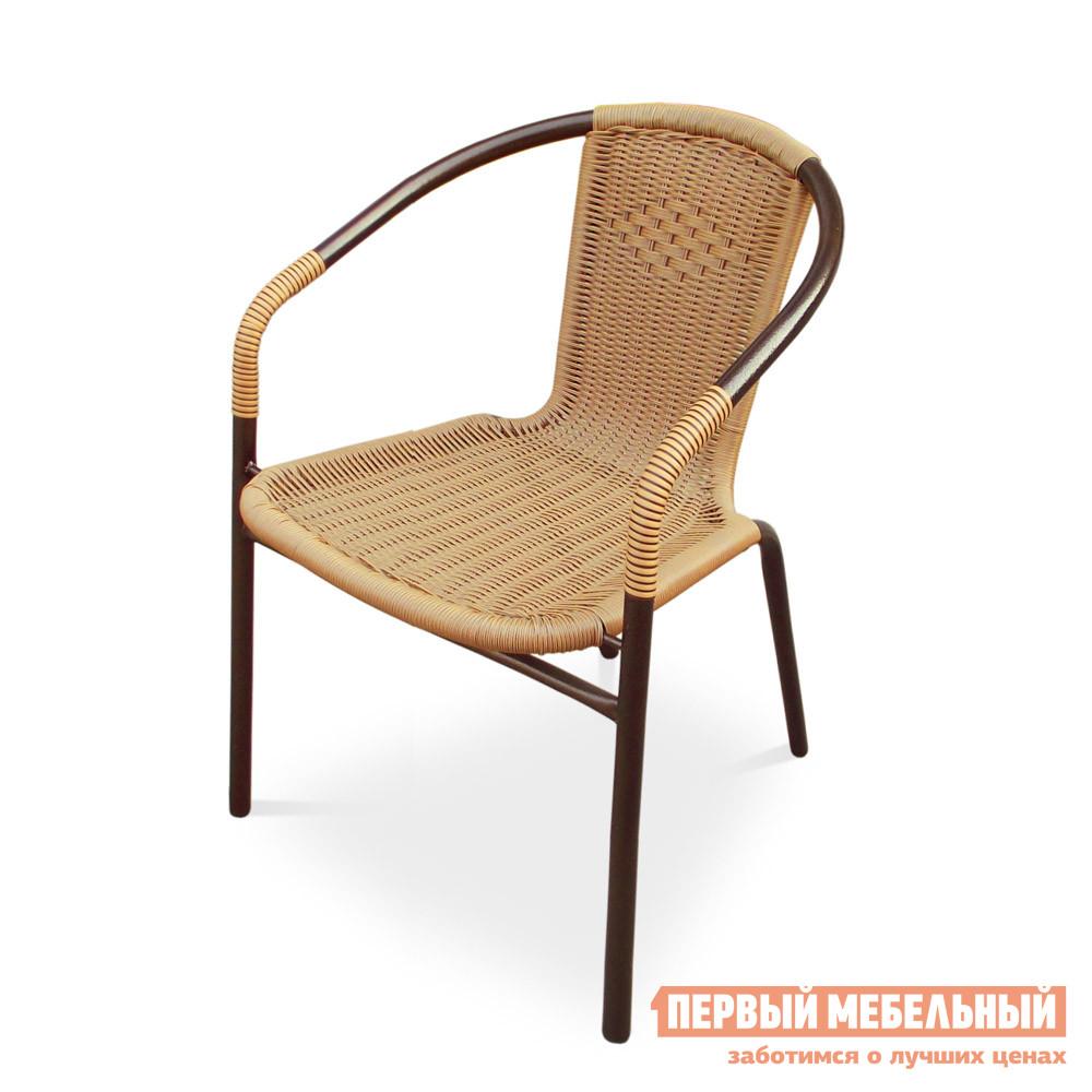 Плетеное кресло Афина-мебель TLH-037 ПшеничныйПлетеные стулья и кресла<br>Габаритные размеры ВхШхГ 740x570x570 мм. Стул из искусственного ротанга прекрасно подходит для интерьера загородного дома или кафе, его можно разместить на террасе, а также лоджии. Каркас стула изготовлен из стальной трубы диаметром 25 мм, обработанной полимерным покрытием, которое защищает металл от коррозии и повреждений.  Спинка и сиденье оплетены искусственным ротангом.  Изделие имеет небольшой вес и неприхотливо в уходе.  Благодаря отделке из искусственного ротанта, стул не боится перепадов температуры и ультрафиолетовых излучений. Стулья удобно хранить, они складываются способом штабелирования, таким образом не занимают много места.  Максимальная нагрузка на изделие составляет 120 кг.  Обратите внимание! Стол в комплект не входит, его необходимо приобретать отдельно.<br><br>Цвет: Бежевый<br>Высота мм: 740<br>Ширина мм: 570<br>Глубина мм: 570<br>Кол-во упаковок: 1<br>Форма поставки: В собранном виде<br>Срок гарантии: 1 год<br>Тип: Плетеная<br>Материал: Металл<br>Материал: Искусственный ротанг<br>Материал: Ротанг<br>С подлокотниками: Да<br>С жестким сиденьем: Да