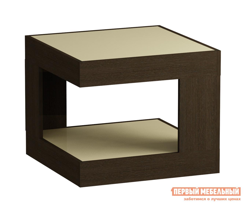 Журнальный столик Мебель Импэкс Leset LS 746 Венге / Кремовое стеклоЖурнальные столики<br>Габаритные размеры ВхШхГ 500x600x600 мм. Квадратный журнальный столик для гостиной или спальни.  Большая столешница позволяет сервировать чай к приходу гостей.  На нижней полке удобно держать нужные под рукой вещи.  Оригинальная геометрия в дизайне модели делает ее стильным элементом как классического, так и современного интерьера. Корпус столика выполняется из ЛДСП, столешница и нижняя полка — стекло.<br><br>Цвет: Венге / Кремовое стекло<br>Цвет: Бежевый<br>Цвет: Венге<br>Высота мм: 500<br>Ширина мм: 600<br>Глубина мм: 600<br>Кол-во упаковок: 1<br>Форма поставки: В разобранном виде<br>Срок гарантии: 1 год<br>Тип: Для офиса<br>Назначение: Для офиса, Для гостиной<br>Материал: Стеклянные, из ЛДСП<br>Форма: Квадратные<br>Размер: Маленькие<br>Высота: Низкие<br>Особенности: С полкой<br>Стиль: Модерн