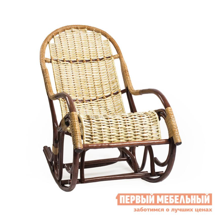 Кресло-качалка Мебель Импэкс Кресло-качалка Усмань Орех / Светлая лозаКресла-качалки<br>Габаритные размеры ВхШхГ 1050x570x1250 мм. Изящное кресло-качалка поражает шармом и игрой оттенков, в интерьере изделие смотрится многогранно и выразительно, даря пространству атмосферу заботы и любви.  В кресле вас ждет непревзойденный комфорт, благодаря удобной спинке и подлокотникам.  Размеренное покачивание создает расслабляющий, убаюкивающий эффект.  Сидя в кресле-качалке каждый становится на некоторое время ребенком, покачивающимся в люльке.  Кресло выдерживает нагрузку 150 кг. Размеры сидения (В х Ш х Г): 400 х 500 х 430 мм, высота спинки — 1000 мм.  Кресло изготовлено из ивовой лозы, исконно русского материала для плетения мебельных изделий.  Сидение и спинка кресла заплетены ивовой лентой.  Благодаря исполнению в максимально натуральном и естественном ключе, мебельное изделие отлично подойдет для воссоздания интерьера в стиле кантри.  В силу неприхотливости ивовой лозы к погодным испытаниям, изделие подходит для использования под открытым небом.<br><br>Цвет: Коричневый<br>Высота мм: 1050<br>Ширина мм: 570<br>Глубина мм: 1250<br>Кол-во упаковок: 1<br>Форма поставки: В собранном виде<br>Срок гарантии: 1 год<br>Тип: До 150 кг<br>Тип: Плетеная<br>Назначение: Для дома<br>Назначение: Для взрослых<br>Назначение: Для улицы<br>Порода дерева: Ива<br>Размер: Маленькие<br>С подлокотниками: Да<br>С подножкой: Да<br>Стиль: Классический