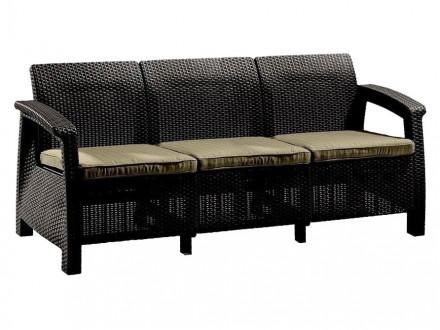 Плетеный диван на дачу