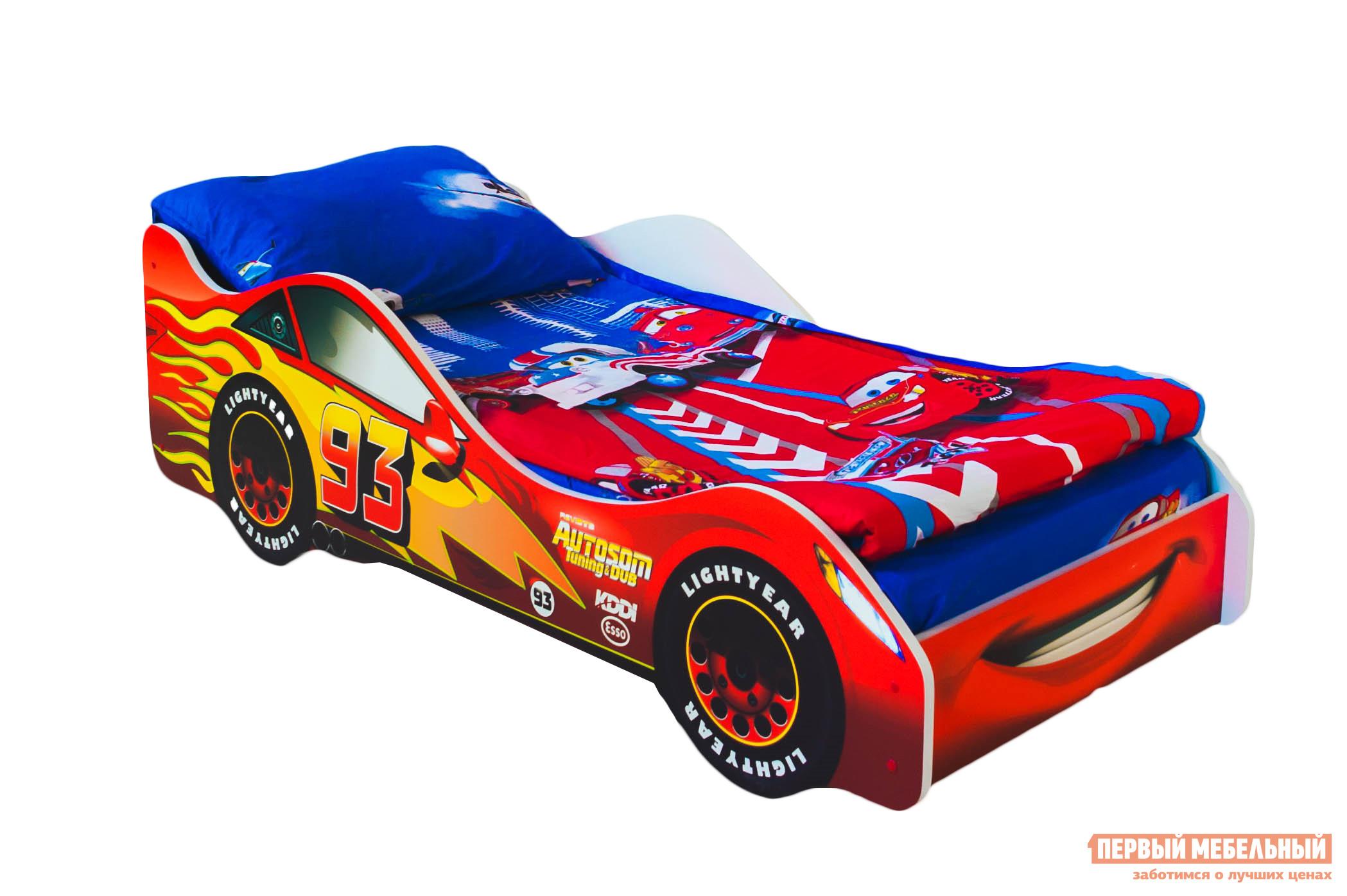 Кровать-машина Бельмарко Тачка Красный, Без матрасаКровати-машины<br>Габаритные размеры ВхШхГ 500x750x1700 мм. Кроватка, исполненная в виде задорного автомобиля, станет настоящим другом вашего ребенка. Размер спального места составляет 700х1600 мм. Боковые линии кровати позволяют взрослому удобно сидеть, пока ребенок засыпает, при этом малыш никогда не упадет во сне. Модель очень легко собирается в течении 10 минут. Основание под матрас — деревянные прочные латы, выдерживающие нагрузку до 200 кг.  Латы позволяют матрасу «дышать», если он намокнет — достаточно его перевернуть и он высохнет. Материал изготовления — ЛДСП класса E1 с прямой ультрафиолетовой печатью, что обеспечивает долговечность и безопасность в эксплуатации. Обратите внимание! Необходимо выбрать комплектацию: с матрасом или без. Также вы можете дополнительно заказать светодиодную подсветку дна кровати и пластиковые объемные колеса, с которыми вы можете более подробно ознакомиться во вкладке «Аксессуары».<br><br>Цвет: Красный<br>Высота мм: 500<br>Ширина мм: 750<br>Глубина мм: 1700<br>Кол-во упаковок: 2<br>Форма поставки: В разобранном виде<br>Срок гарантии: 1 год<br>Материал: Дерево<br>Материал: ЛДСП<br>С бортиками: Да<br>С колесами: Да<br>С матрасом: Да<br>С подсветкой: Да<br>Возраст: От 3-х лет<br>Модель: Гонка<br>Пол: Для мальчиков