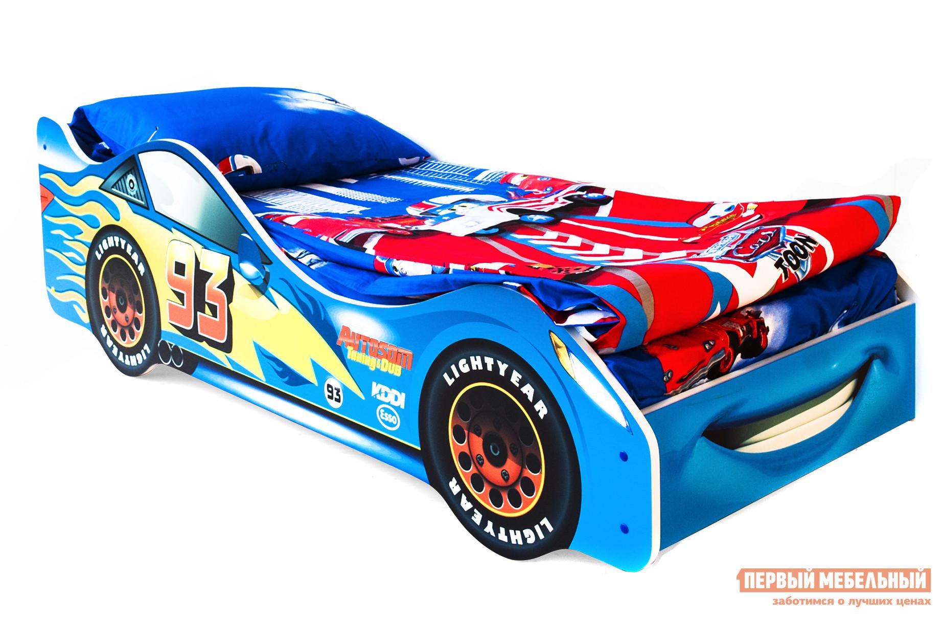 Кровать-машина Бельмарко Тачка Синий, С матрасомКровати-машины<br>Габаритные размеры ВхШхГ 500x750x1700 мм. Кроватка, исполненная в виде задорного автомобиля, станет настоящим другом вашего ребенка. Размер спального места составляет 700х1600 мм. Боковые линии кровати позволяют взрослому удобно сидеть, пока ребенок засыпает, при этом малыш никогда не упадет во сне. Модель очень легко собирается в течении 10 минут. Основание под матрас — деревянные прочные латы, выдерживающие нагрузку до 200 кг.  Латы позволяют матрасу «дышать», если он намокнет — достаточно его перевернуть и он высохнет. Материал изготовления — ЛДСП класса E1 с прямой ультрафиолетовой печатью, что обеспечивает долговечность и безопасность в эксплуатации. Обратите внимание! Необходимо выбрать комплектацию: с матрасом или без. Также вы можете дополнительно заказать светодиодную подсветку дна кровати и пластиковые объемные колеса, с которыми вы можете более подробно ознакомиться во вкладке «Аксессуары».<br><br>Цвет: Синий<br>Цвет: Синий<br>Высота мм: 500<br>Ширина мм: 750<br>Глубина мм: 1700<br>Кол-во упаковок: 2<br>Форма поставки: В разобранном виде<br>Срок гарантии: 1 год<br>Материал: Деревянные, из ЛДСП<br>Особенности: С бортиками, С колесами, С матрасом, С подсветкой<br>Возраст: От 3-х лет<br>Модель: Гонка<br>Пол: Для мальчиков