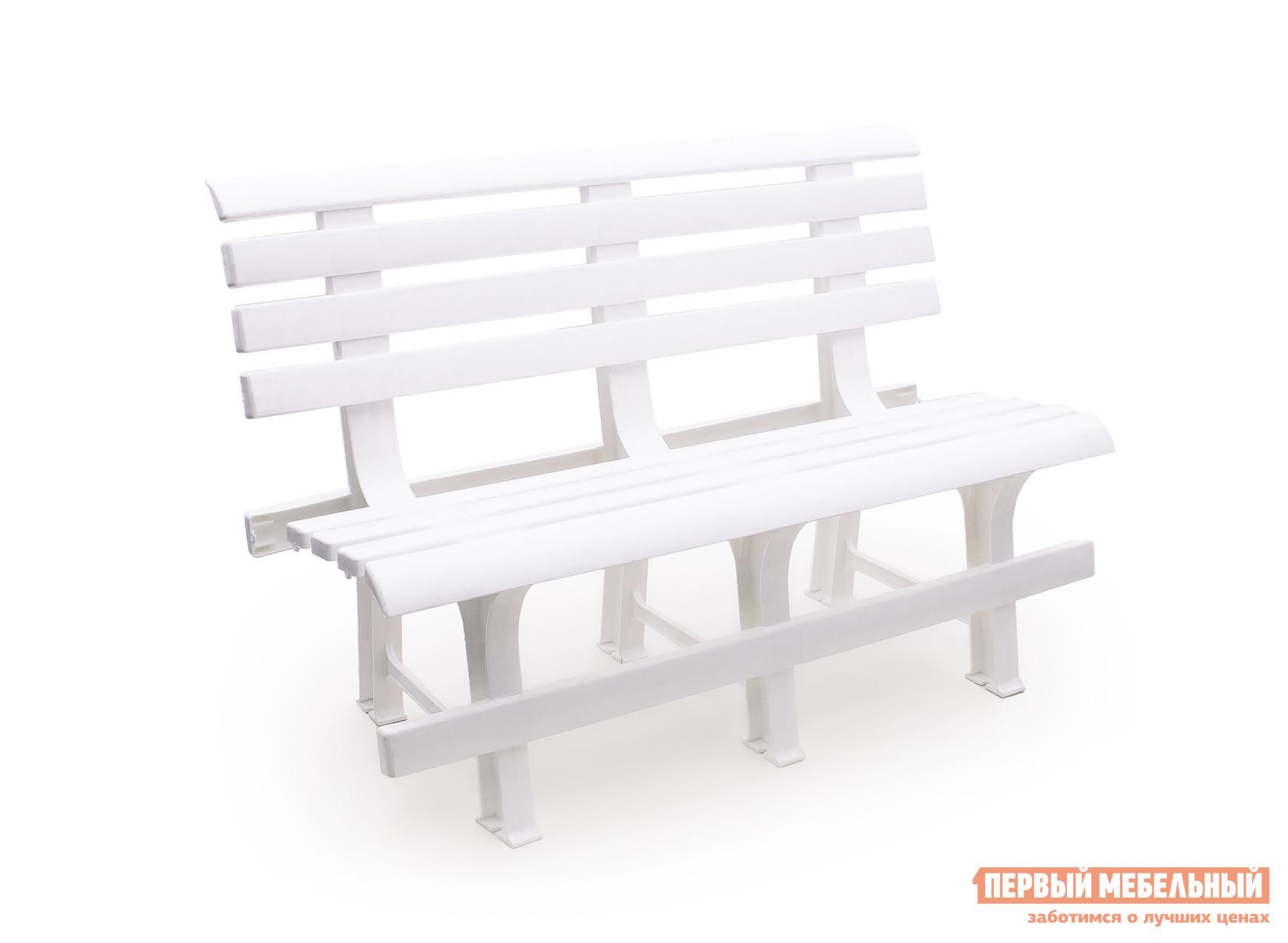 Скамейка Стандарт Пластик Скамья №2 (1200х530х800) мм БелыйСкамейки и лавочки<br>Габаритные размеры ВхШхГ 800x1200x530 мм. Подыскивая бюджетный вариант скамьи для дачи обратите внимание на модель Скамья №2.  На такой пластиковой скамье с высокой удобной спинкой можно отдохнуть между дачными делами или вечером посидеть с соседями за обсуждением новостей.  Спинка и сиденье выполняются в виде поперечных реек, такой подход обеспечивает вентиляцию, что важно в жаркий период времени.  Практичный материал исполнения позволяет разместить скамью на улице и не убирать ее в течение всего сезона.  Также пластик отличается эксплуатационными свойствами и прочностью.  Изделие готово выдержать нагрузку до 250 кг.<br><br>Цвет: Белый<br>Высота мм: 800<br>Ширина мм: 1200<br>Глубина мм: 530<br>Кол-во упаковок: 1<br>Форма поставки: В собранном виде<br>Срок гарантии: 1 год<br>Тип: Со спинкой<br>Назначение: Для дачи<br>Назначение: Для сада<br>Материал: Пластик<br>Размер: Маленькие<br>Размер: Широкие<br>Без подлокотников: Да