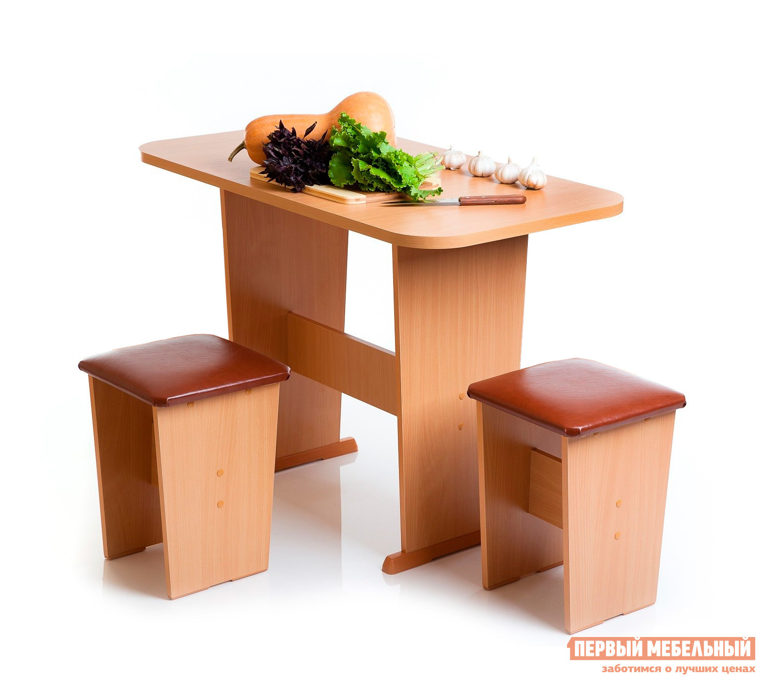 Кухонный стол Мебель Волгодонска Стол Лидер 1 ОльхаКухонные столы<br>Габаритные размеры ВхШхГ 730x1015x550 мм. Небольшой обеденный стол выполнен в классическом массивном дизайне.  Такая модель станет отличным дополнением как на кухне, так и на даче. Столешница имеет закругленные углы, что снижает травмоопасность.  Стол имеют соединение между ножками, которые позволят надолго сохранить мебель в первоначальном виде.  На ножках стола есть специальные заглушки, которые препятствуют повреждения пола. Стол выполняется из ЛДСП. Обратите внимание! Табуреты в комплект не входят.<br><br>Цвет: Светлое дерево<br>Высота мм: 730<br>Ширина мм: 1015<br>Глубина мм: 550<br>Кол-во упаковок: 1<br>Форма поставки: В разобранном виде<br>Срок гарантии: 12 месяцев<br>Материал: Дерево<br>Материал: ЛДСП<br>Форма: Овальные<br>Размер: Маленькие