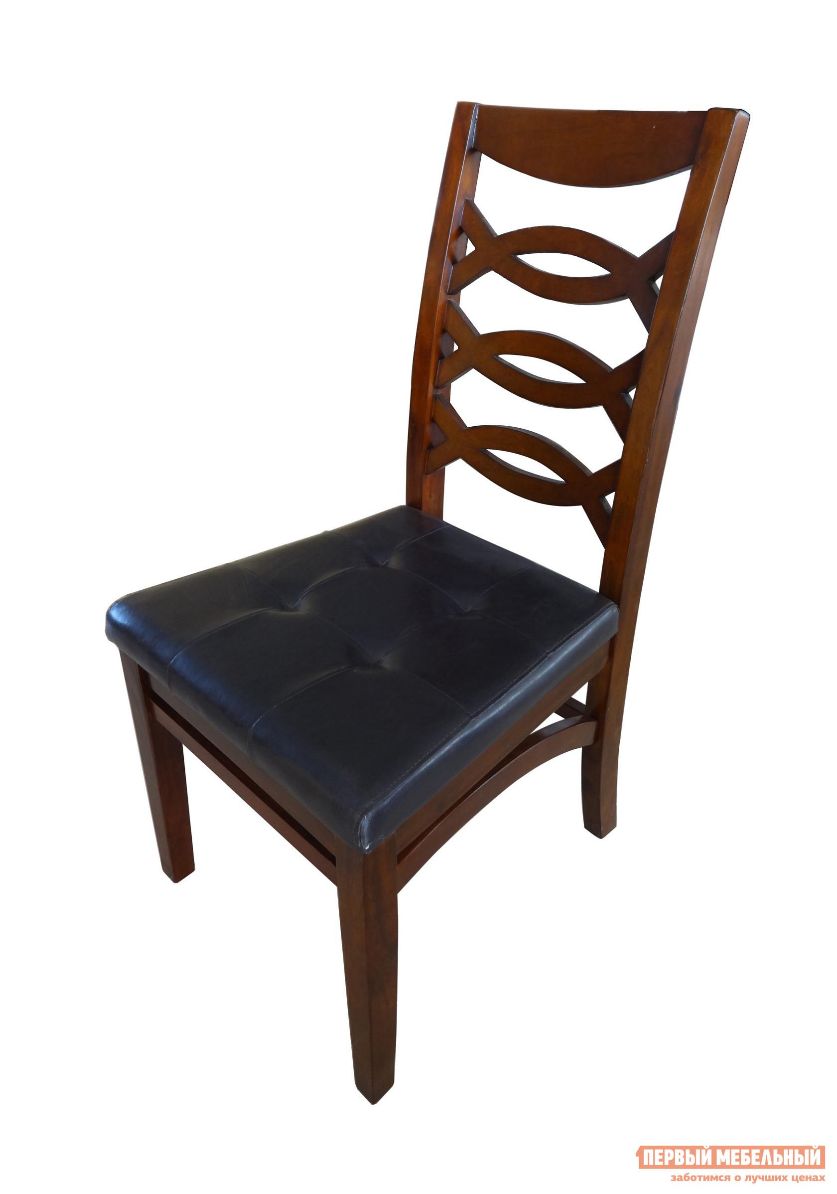Стул Tetchair 863 - 48 SC Темно-коричневыйСтулья для кухни<br>Габаритные размеры ВхШхГ 1030x520x643 мм. Классический деревянный стул с высокой спинкой.  Модель станет прекрасным элементом в классическом интерьере столовой зоны, гостиной или на кухне. Спинка декорирована резными необычными элементами, ножки соединяются массивными гнутыми ребрами жесткости.  Эти детали делают модель изысканной и стильной. Сидение имеет стеганые вставки. Корпус стула изготавливается из массива акации, обивка сидения — искусственная кожа.<br><br>Цвет: Темно-коричневый<br>Цвет: Коричневое дерево<br>Высота мм: 1030<br>Ширина мм: 520<br>Глубина мм: 643<br>Кол-во упаковок: 1<br>Форма поставки: В разобранном виде<br>Срок гарантии: 1 год<br>Тип: в гостиную<br>Материал: Деревянные, из искусственной кожи, Из натурального дерева<br>Порода дерева: из акации<br>Особенности: С мягким сиденьем, Без подлокотников
