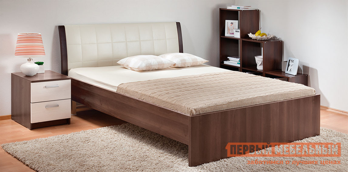 Полутороспальная кровать Боровичи Кровать Гнутая спинка мягкая